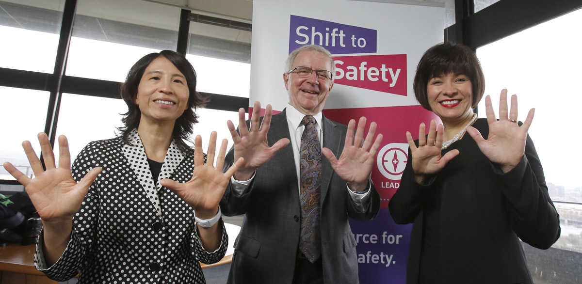 STOP! Clean Your Hands Day 2018 – Chief Public Health Officer Dr. Theresa Tam, Dr. Brian Wheelock, Canadian Patient Safety Institute, and Federal Minister of Health Ginette Petitpas Taylor
